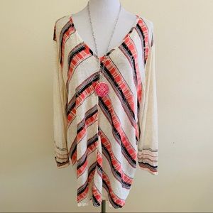 Nic+Zoe Firecracker Top Linen Blend Chevron Stripe